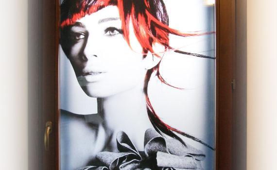 Decorazione finestra Paola hair style